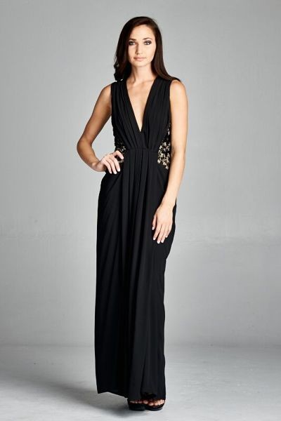 Inance V Cut Sleeveless Black Gown