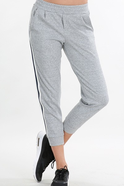 Smazy by Inance Striped Pocket Capri Sweat Pants