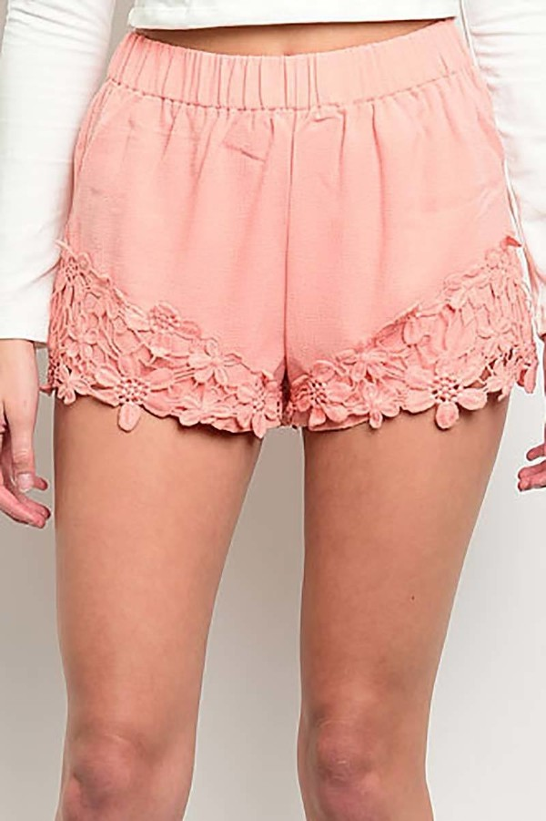 Smazy by Inance Lace Trim Cropped Shorts