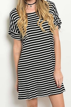 Smazy by Inance Striped Loose Fit Round Neck Dress