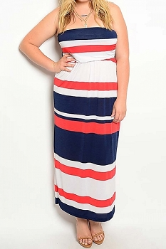 Smazy by Inance Curvy Plus Size Strapless Maxi Dress