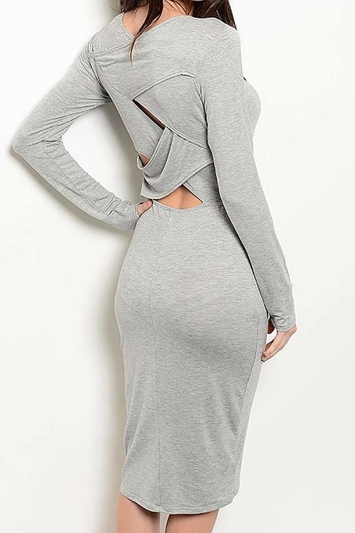 Smazy by Inance Twisted Back Fitted Dress