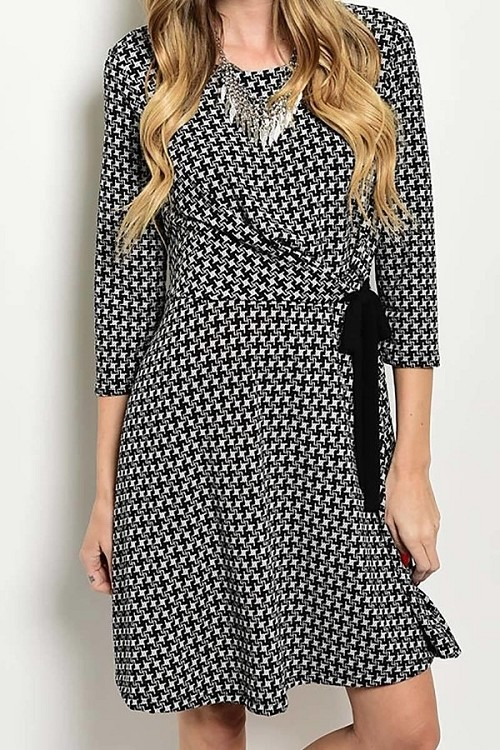 Smazy by Inance Print Tie Waist Wrap Dress