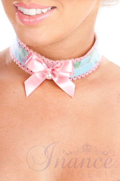 Inance Perfect Wife Choker - Blue/Pink